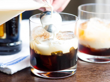 White Russian, vodka, kahlua, cocktail, recipe, drink